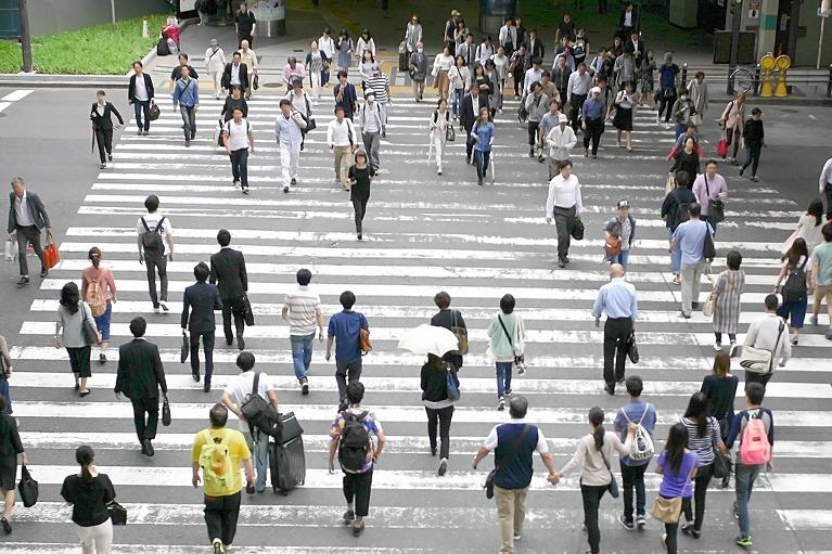 日本人の80%が歯周病です